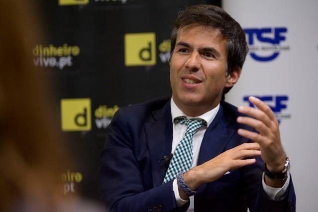 Entrevista - Adolfo Mesquita Nunes